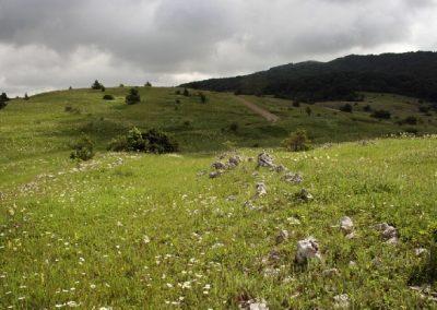 Караби-Яйла, остатки оборонительной римской стены